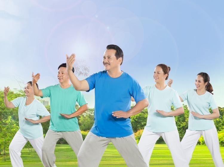 Tập thể dục thường xuyên giúp tăng mật độ xương. Là một trong những phương pháp phòng và hạn chế bệnh loãng xương ở người trung niên