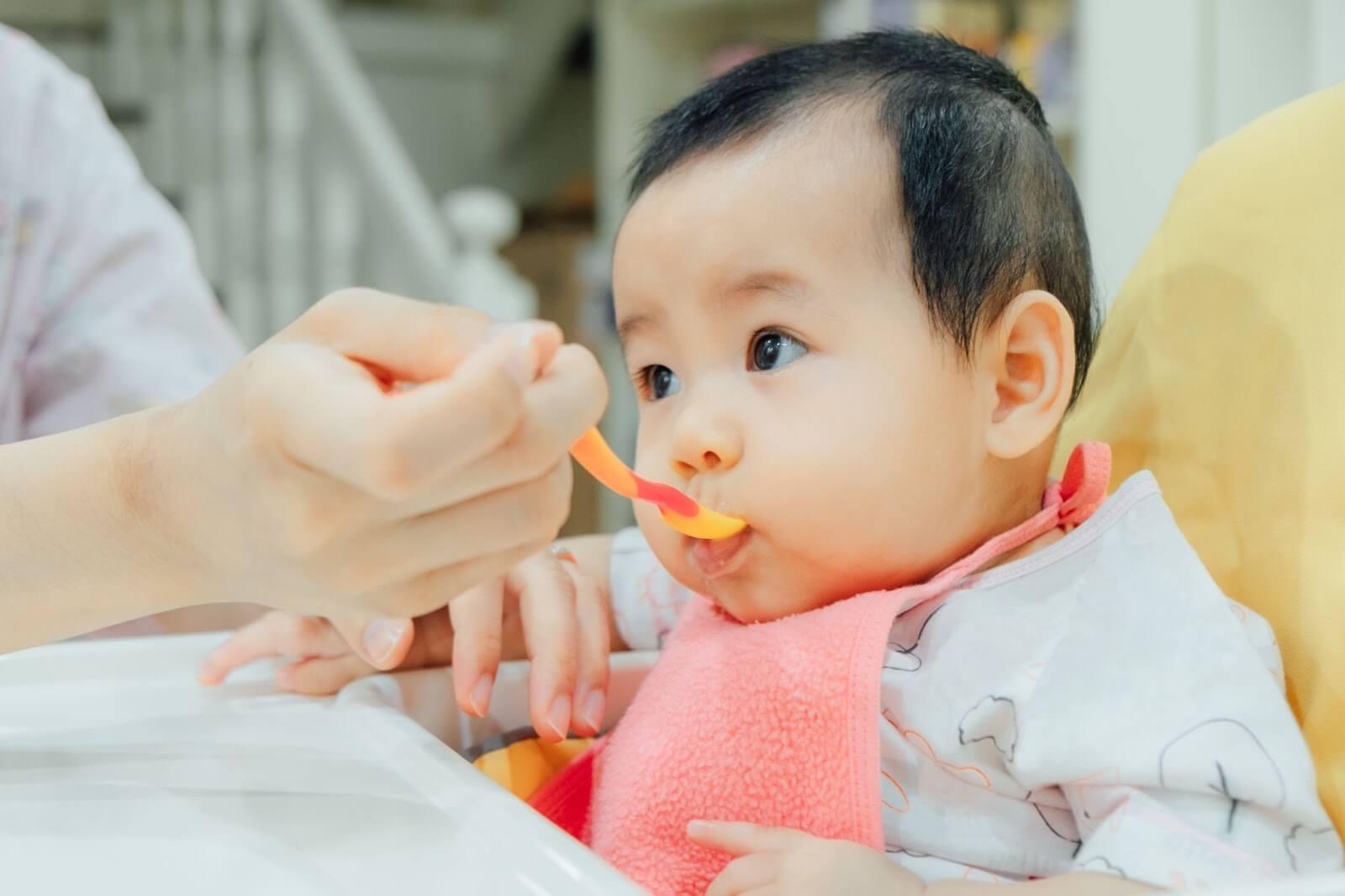 Những Lưu Ý Quan Trọng Khi Chọn Sữa Cho Trẻ Ăn Dặm Mẹ Nên Biết