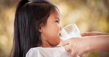 Đau đầu vì chọn sữa cho con dị ứng đạm sữa bò nhưng rồi bố mẹ cũng thở phào nhờ bí quyết từ chuyên gia