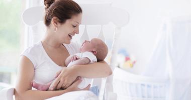 7 Điều Mẹ Cần Lưu Ý Khi Chăm Sóc Trẻ Sơ Sinh