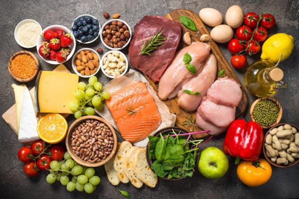 Thực phẩm hằng ngày là nguồn bổ sung dưỡng chất hàng đầu giúp nâng cao miễn dịch